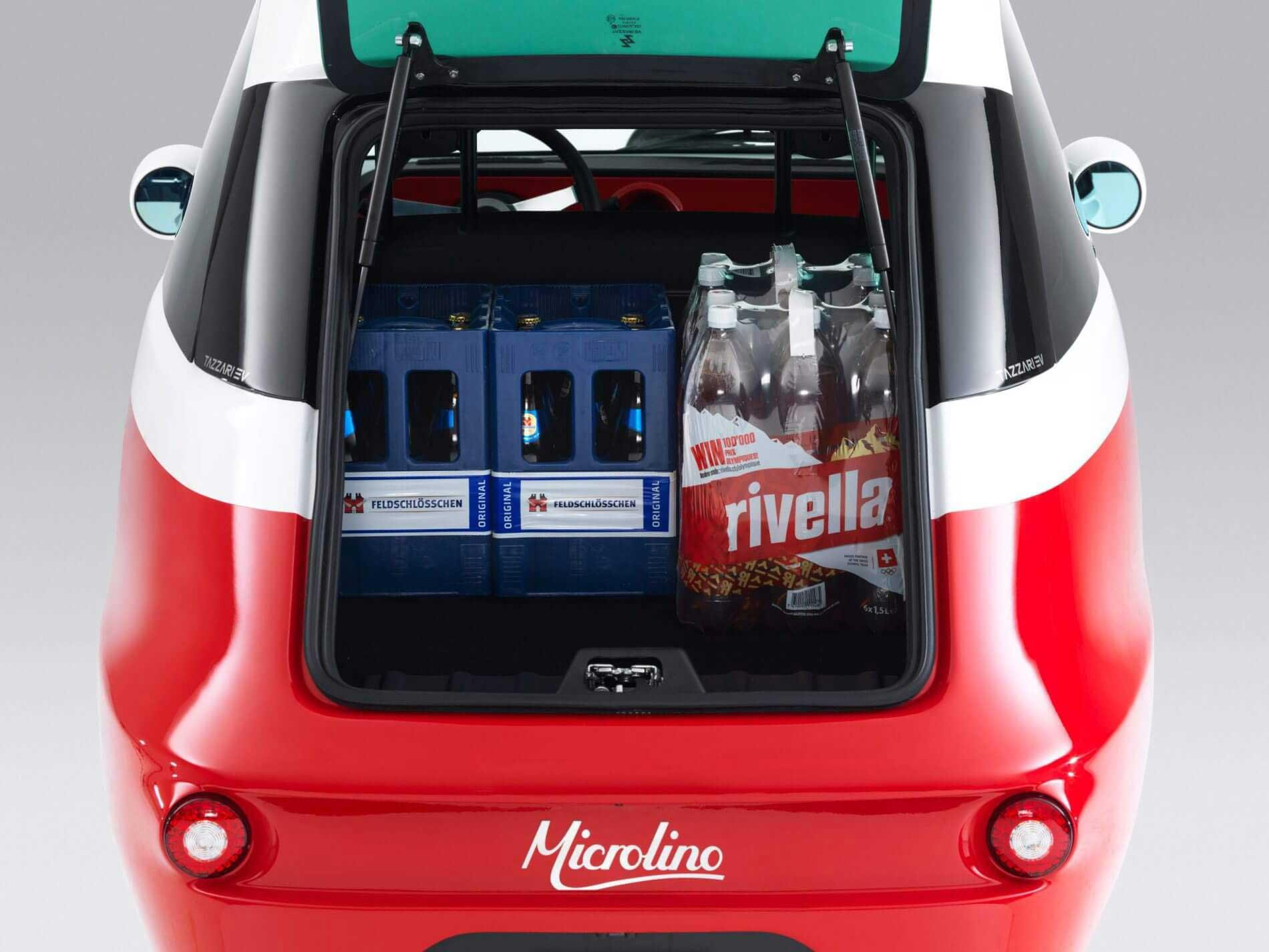 Microlino mit offenem Kofferraum