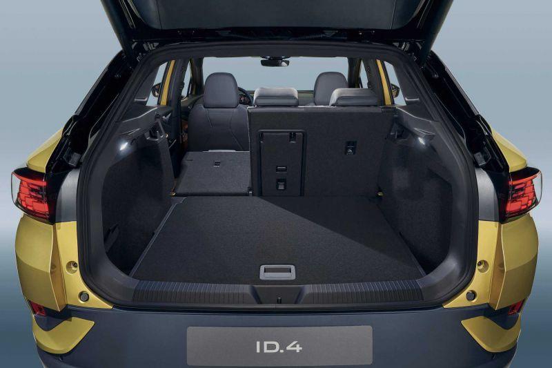 Blick in den geräumigen Kofferraum des VW ID.4